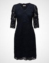 Valerie Lake 3/4 Dress