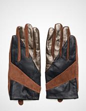 UNMADE Copenhagen Short Glove With Cut Lines