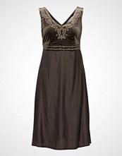 Cream Kafi Dress