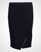 Masai Susanne Skirt Fitted Knee