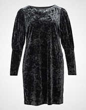 Violeta by Mango Flowy Velvet Dress