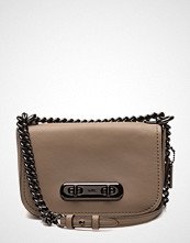 Coach Glovetanned Leather Refresh Coach Swagger 20 Shoulder Bag