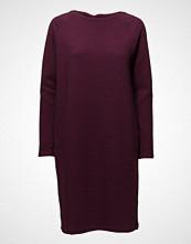 Nanso Ladies Dress, Selja