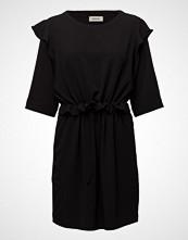 Modström Fria Dress