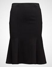Second Female Omami Skirt
