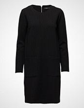 Nanso Ladies Dress, Hyrrä