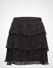 Second Female Rebecca Skirt