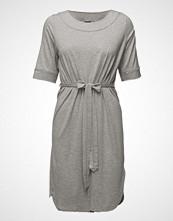Nanso Ladies Dress, Haave