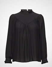 Second Female Delilah Blouse