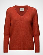 Just Female Chinne V Neck Knit