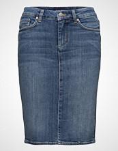 Gant O1. Blue Denim Skirt