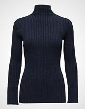 Second Female Bini Knit T-Neck