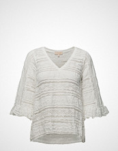 by Ti Mo Victorian Lace V-Neck