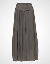 Cream Sala Skirt