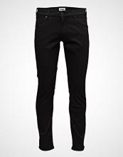 Wrangler Larston Slim Jeans Svart WRANGLER