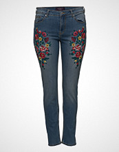 Violeta by Mango Alexia Embroidery Super Slim-Fit Jeans