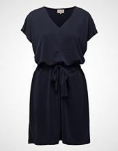 Minus Quennie Dress