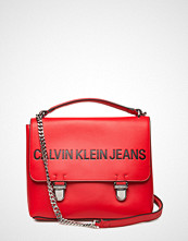 Calvin Klein Sculpted Flap 21