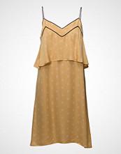 Second Female Glory Dress