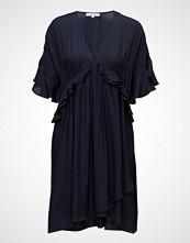 Second Female Abeline Dress