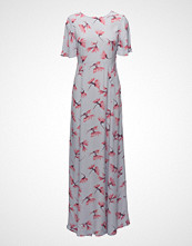 by Ti Mo Short Sleeved Gown