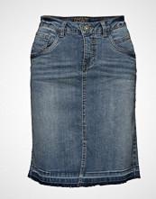 Cream Denim Skirt W/O Pearls