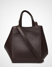 Filippa K Shelby Bucket Leather Bag