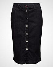 2nd Day 2nd Franke Skirt