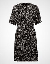 Selected Femme Slfleola 2/4 Wrap Dress B