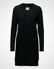 Second Female Brook Knit V-Neck Dress