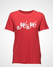 Just Female Ye Ye Tee