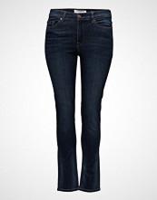 Violeta by Mango Slim-Fit Susan Jeans