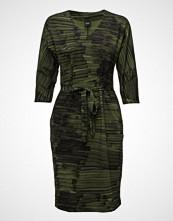 Nanso Ladies Dress, Tuuli