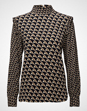 Second Female Stoclet Blouse