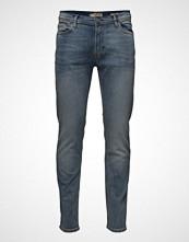 Mango Man Slim-Fit Light Wash Jan Jeans