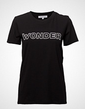 Second Female Wonder Outline Tee