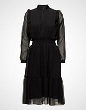 Second Female Melova Dress
