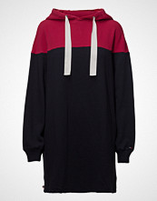 Tommy Jeans Tjw Basic Hoodie Dress L/S 13