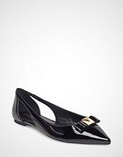 Michael Kors Shoes Carlson Flat