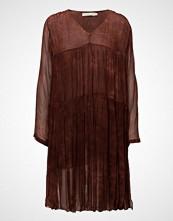 Rabens Saloner Cosmos Tiered Dress