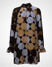 Stine Goya Tara, 420 Hexagons Silk