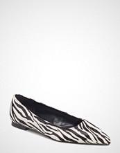 Mango Zebra Leather Shoes