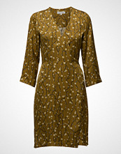 Second Female Callie Dress