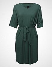 Nanso Ladies Dress, Keidas