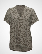 Rabens Saloner Bright Leopard Blouse T-shirts & Tops Short-sleeved Beige RABENS SAL R