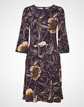 Nanso Ladies Dress, Hohde