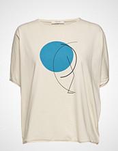 ÁERON Japanese Sleeve T-Shirt