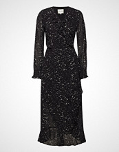 Second Female Larvikit Wrap Dress