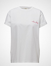 Notes du Nord Gladys Embroidery T-Shirt