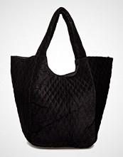 UNMADE Copenhagen Capucine Bag